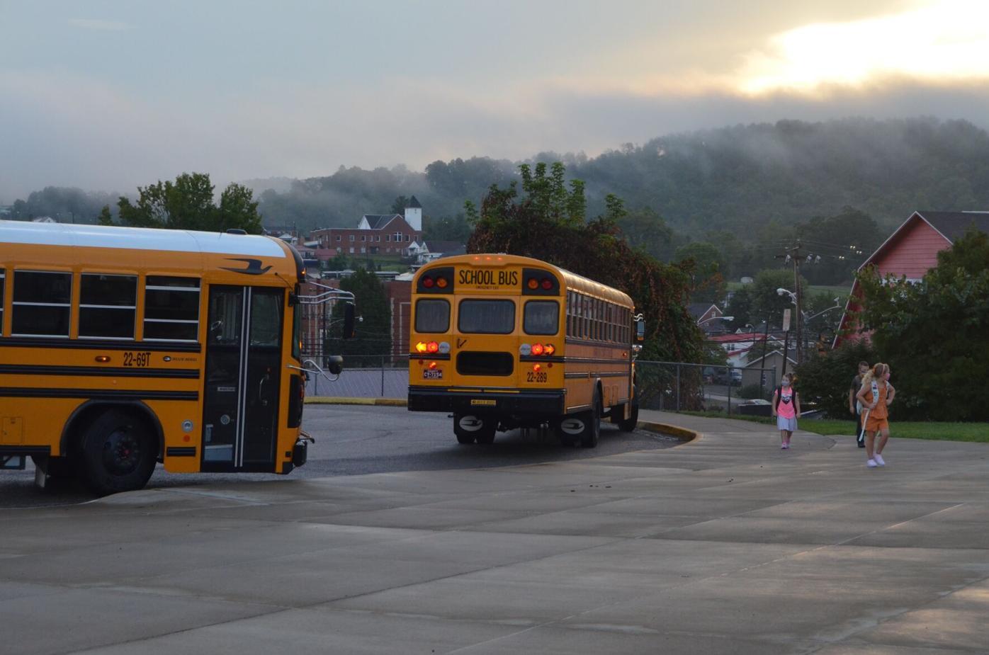Buses at Nutter Fort