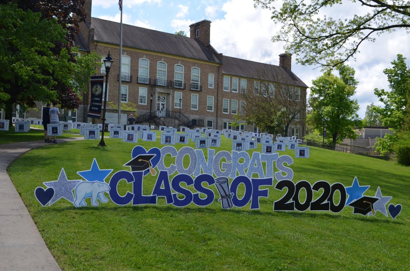 FSHS 2020 graduate signs