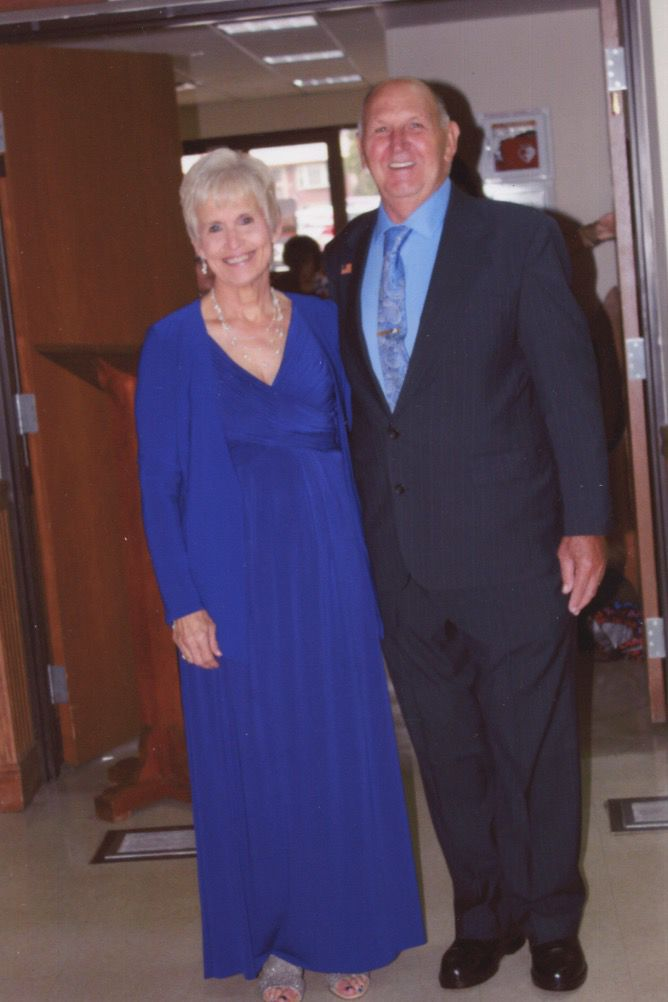 Mr. and Mrs. Kenneth W. Swiger