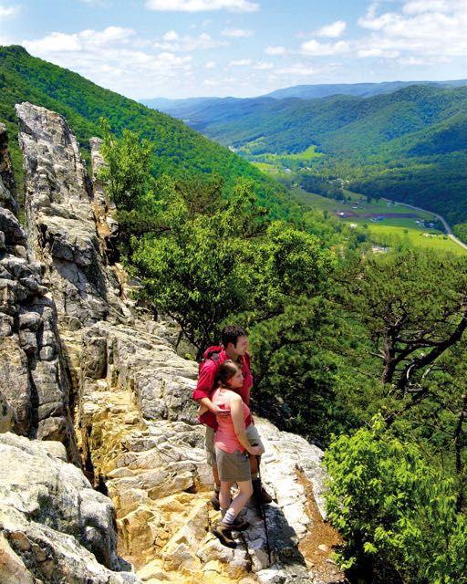 Hiking on Seneca Rocks