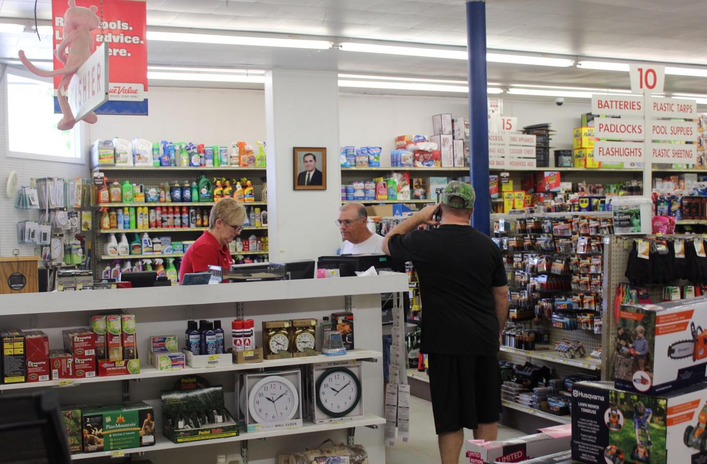 Customers checking out Sandy's