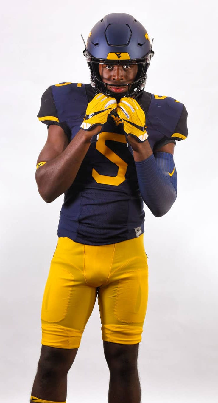 reputable site 7f88d c2e6c West Virginia inks 18 during early signing period