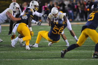 Darius Stills makes a tackle