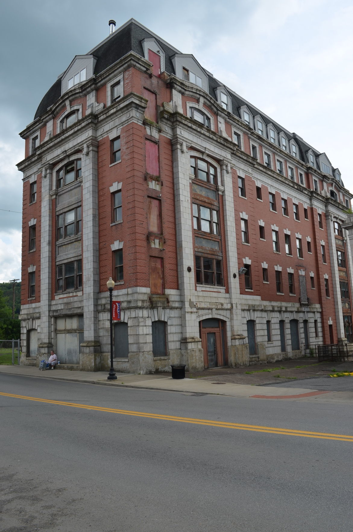 Left The Willard Hotel On Grafton S East Main Street Has Been Mothballed By Vandalia Heritage Foundation For Future Redevelopment