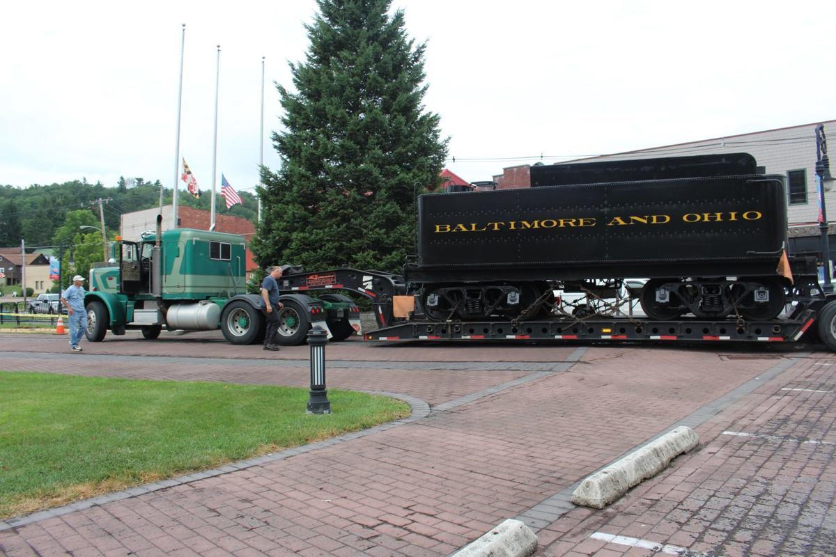 B&O tender arrives at Oakland train museum