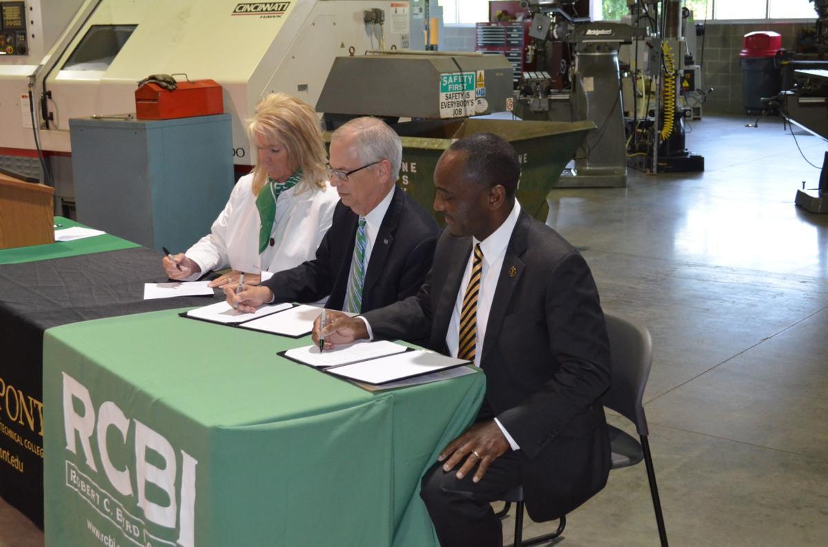 RCBI, Marshall, Pierpont signing