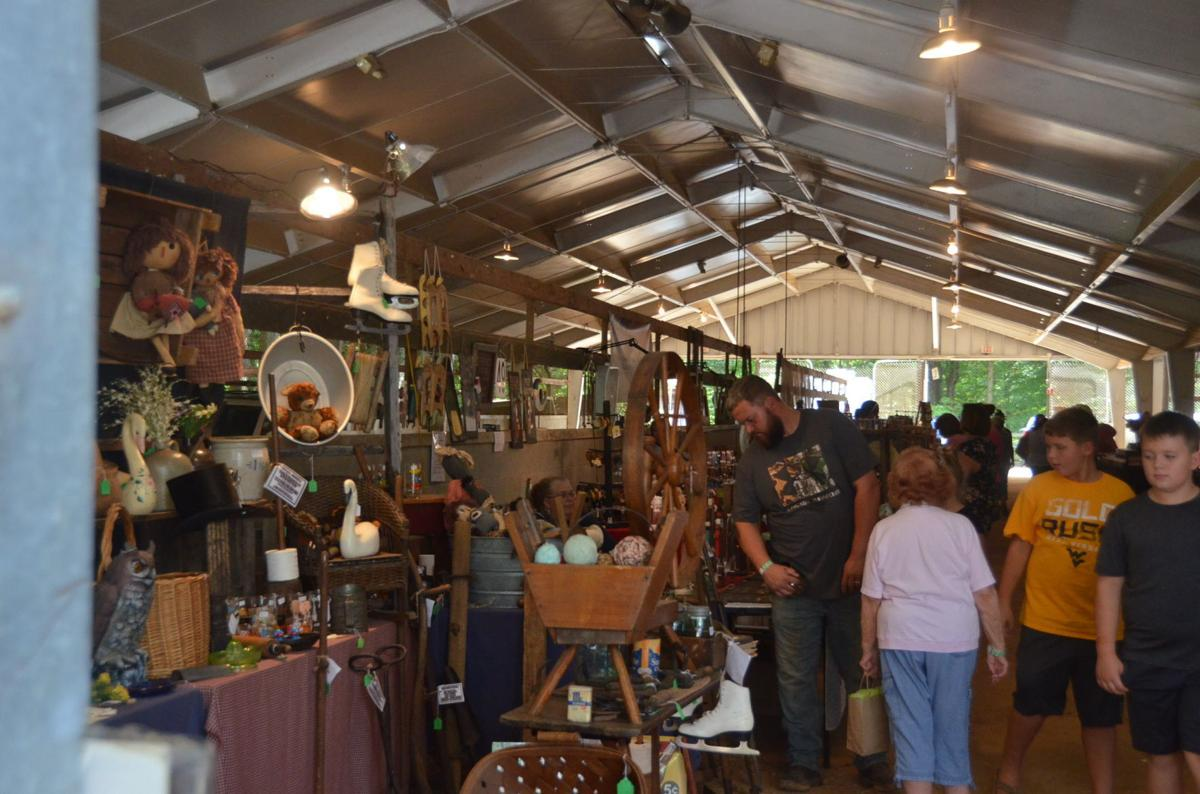 Jamboree Arts And Crafts Festival Bring Crowds To Lewis County Wv