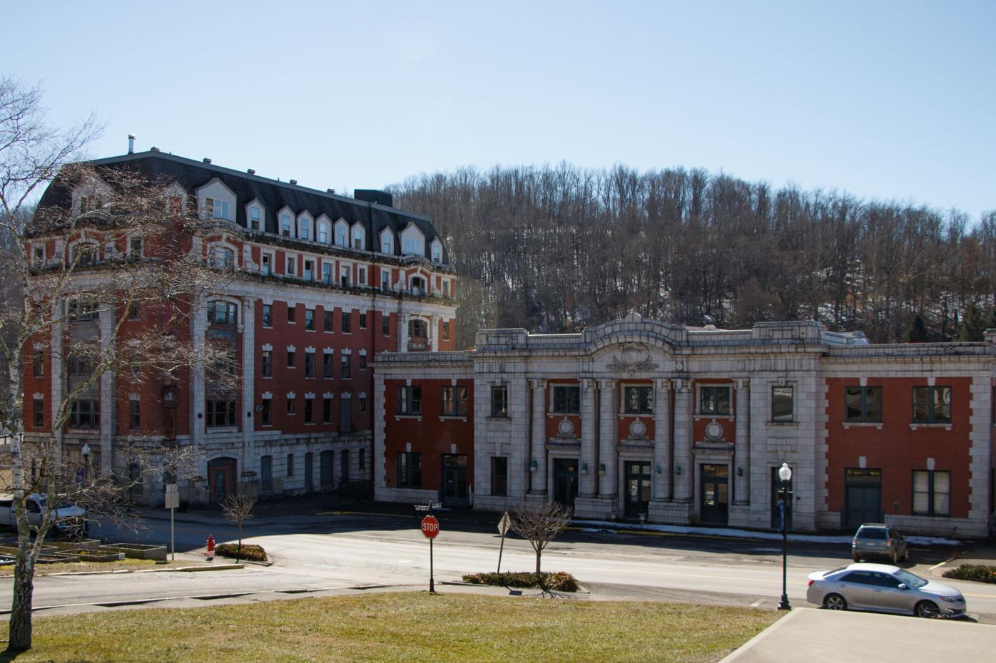 The B&O Passenger Station and Willard Hotel