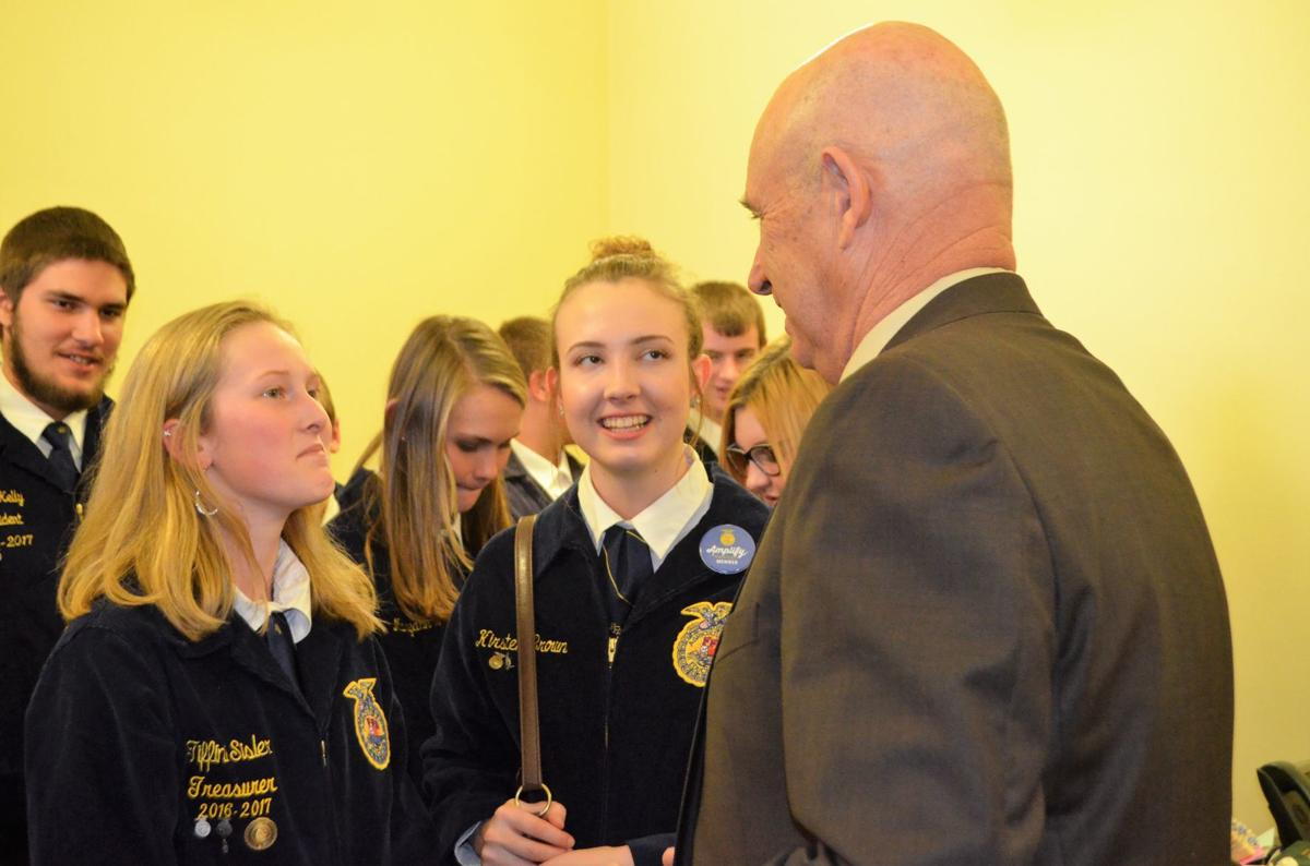 FFA Members talk to Agriculture Commissioner