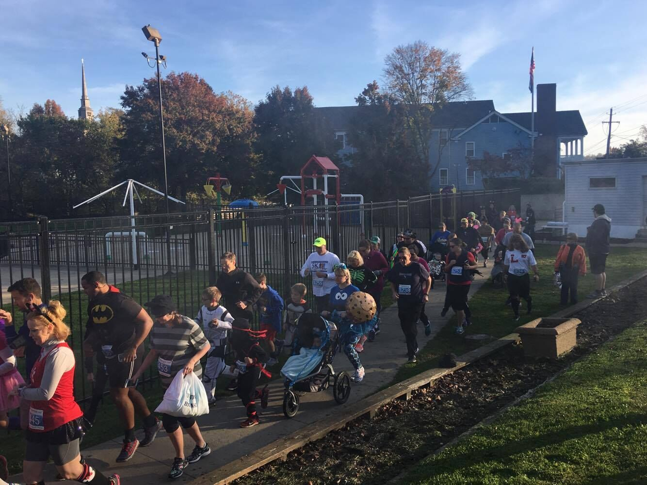 2016 Trick or Trot