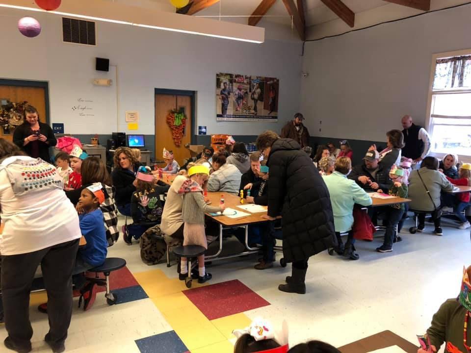 Full cafeteria