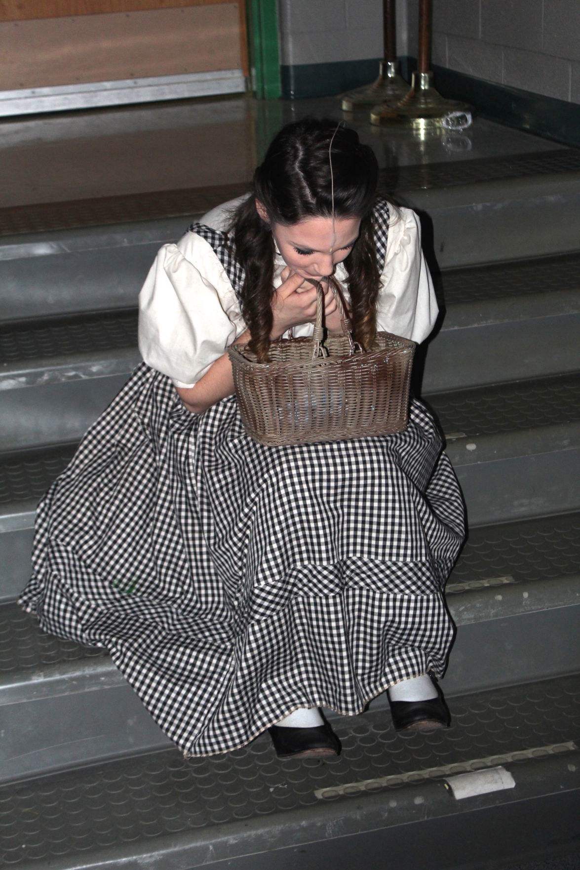 Dorothy waits