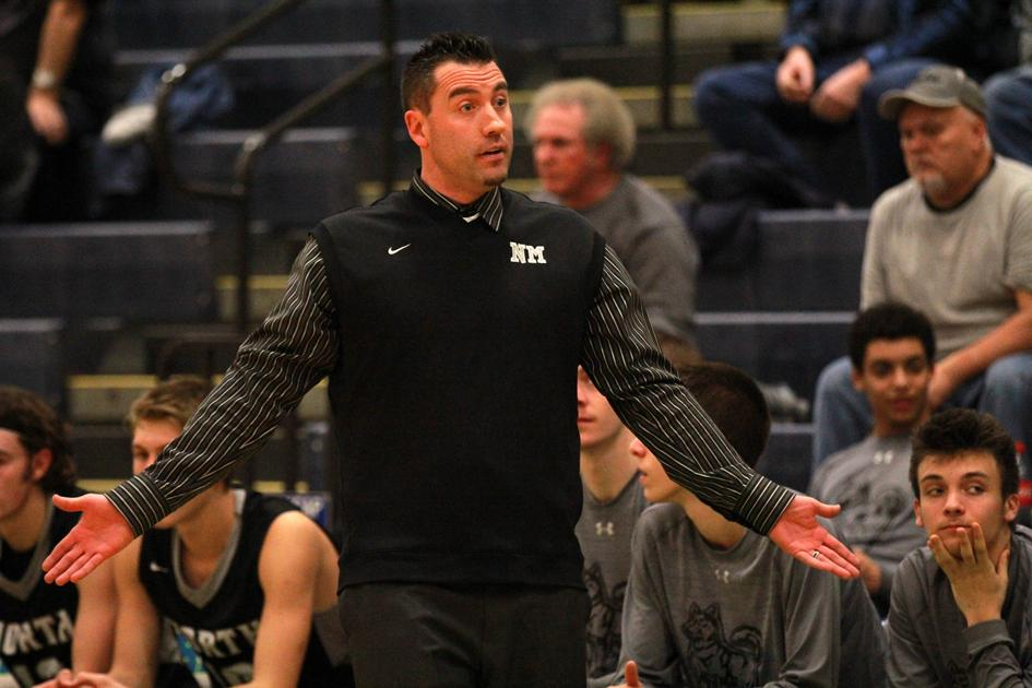 Freeman steps down after 13 seasons at the helm for Huskies