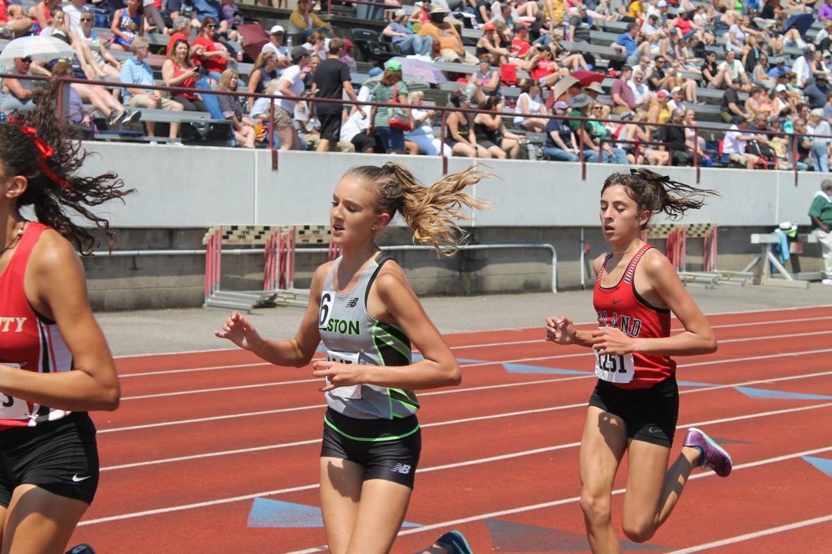 Allie Martin 1600m.JPG