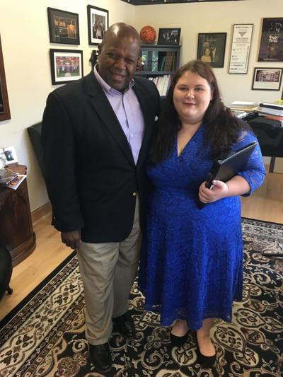LCHS student receives opera lesson from UK faculty