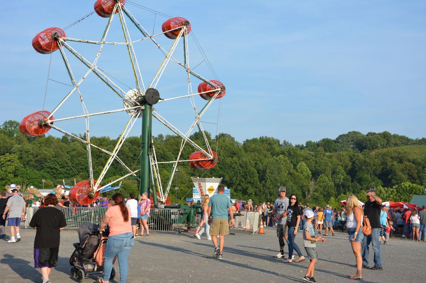 Taylor County Fair crowd
