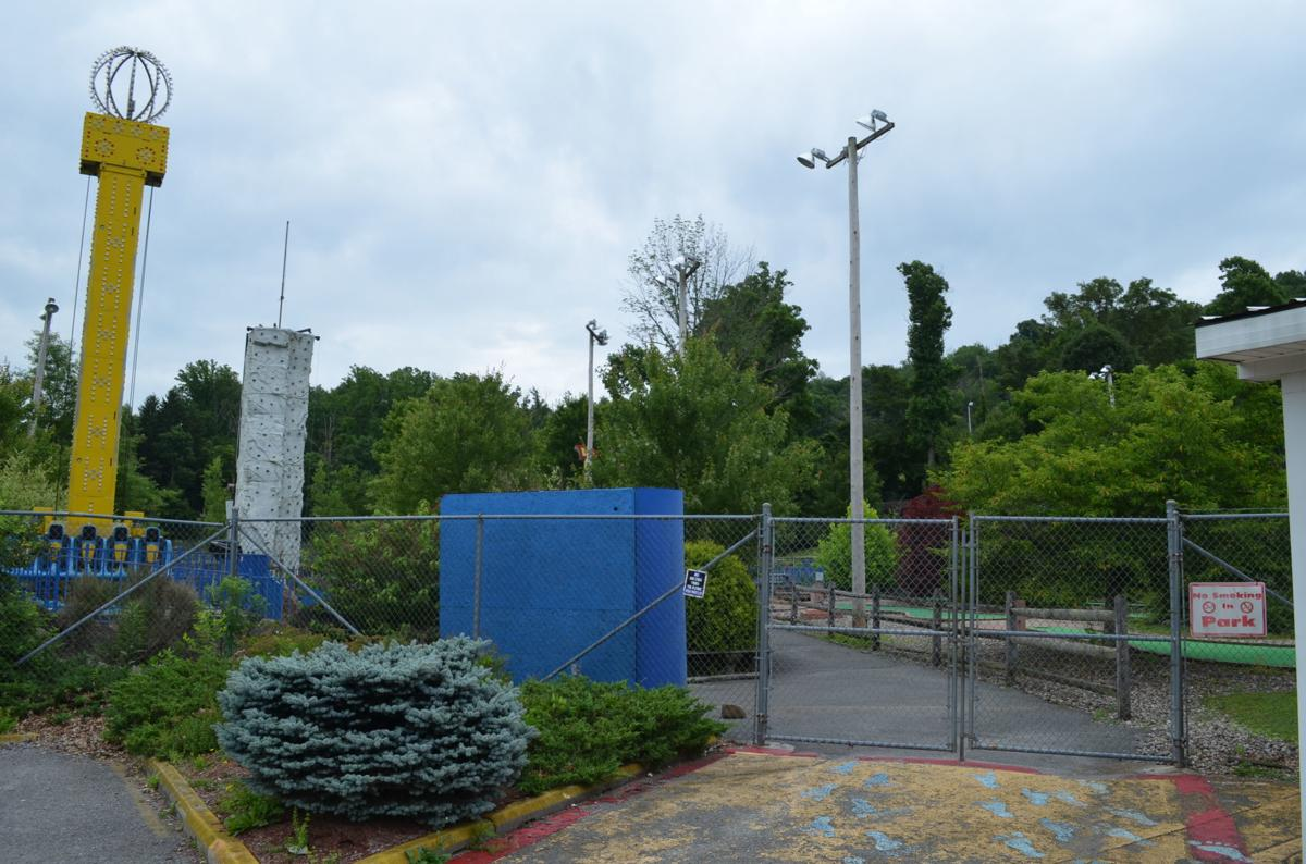 Valley Worlds of Fun - outdoors