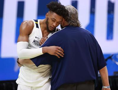 WVU-Basketball-Bob-Huggins-Derek-Culver-Front.jpg