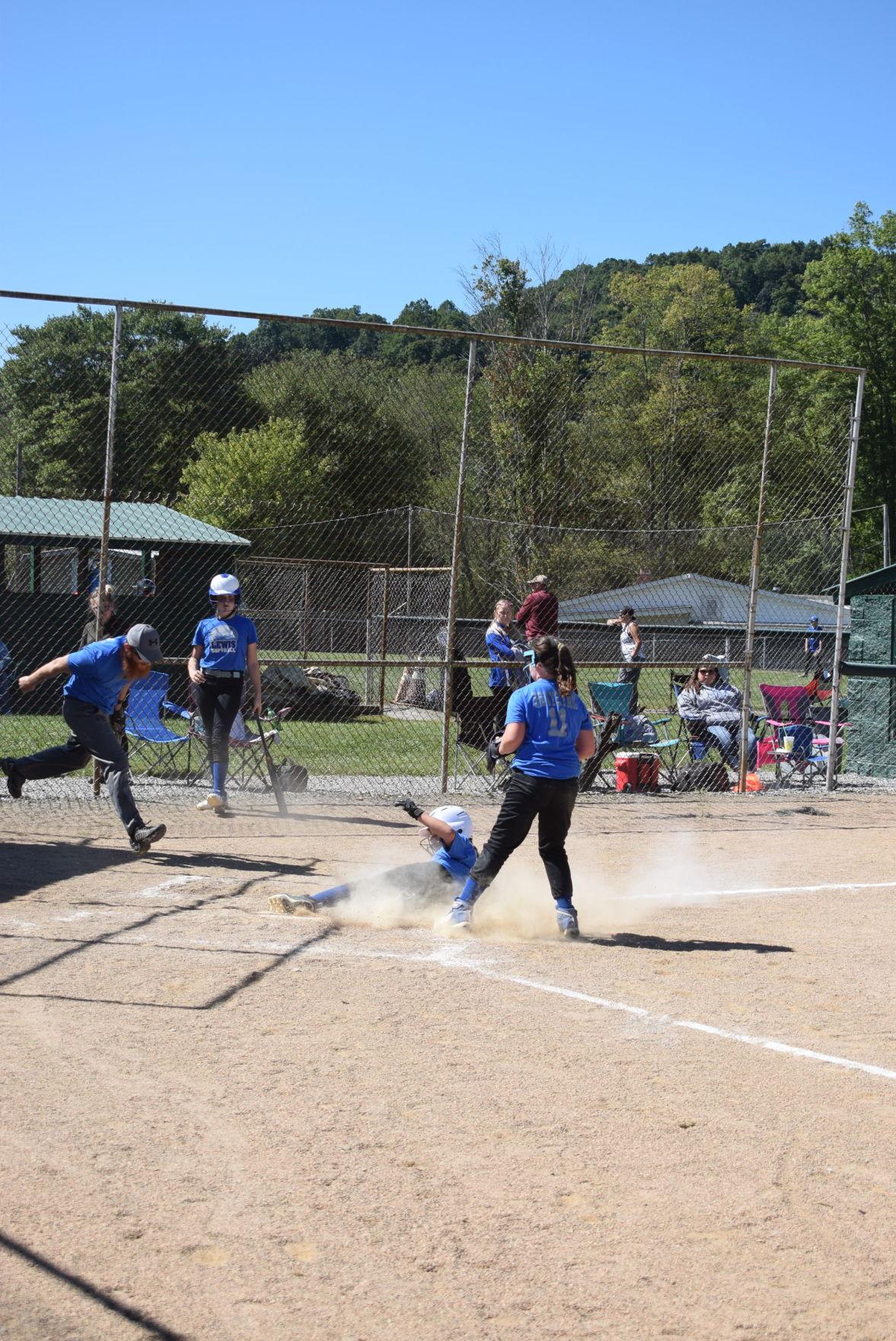 Lewis Baseball Association hosts Fall Ball Tournament
