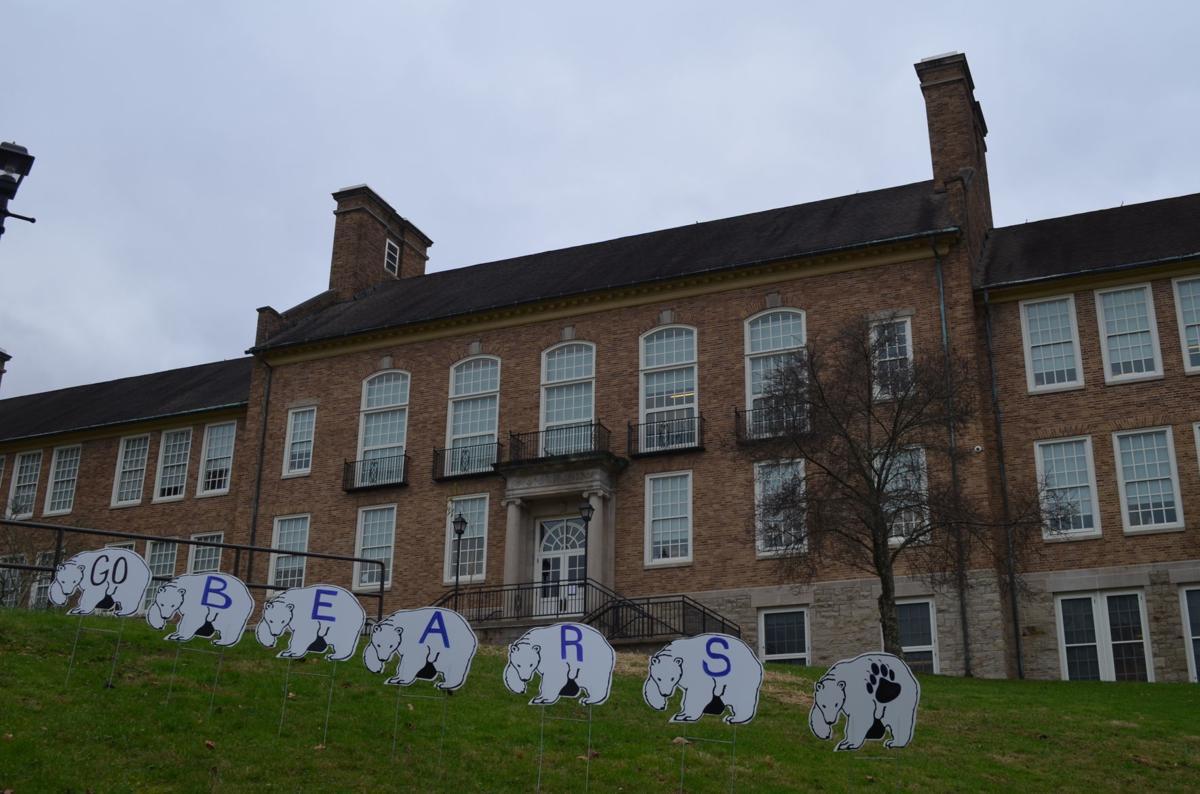 Fairmont Senior High School - Go bears