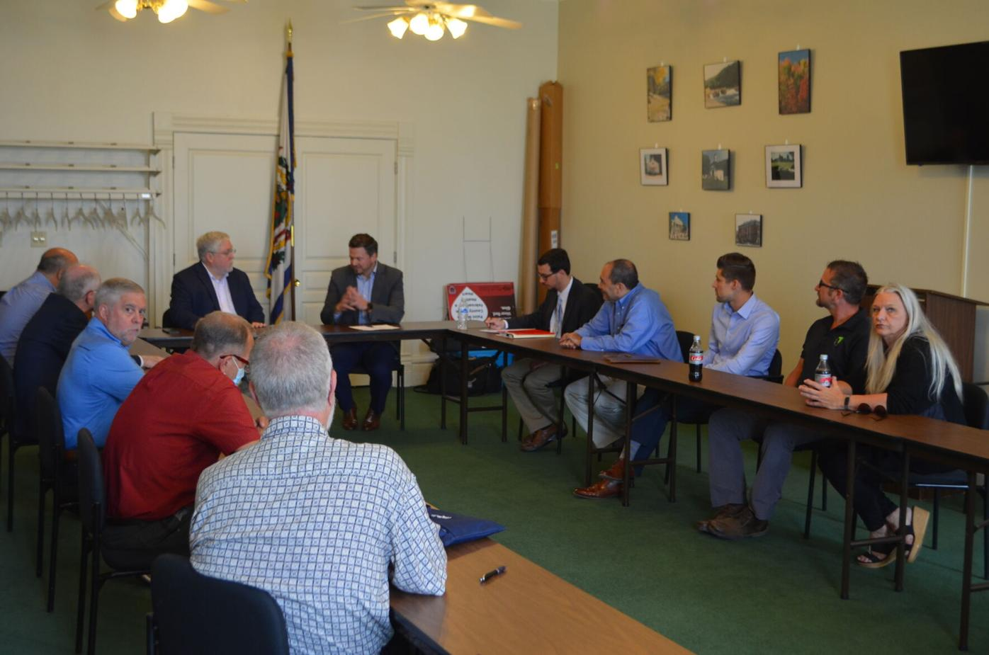 Chamber roundtable