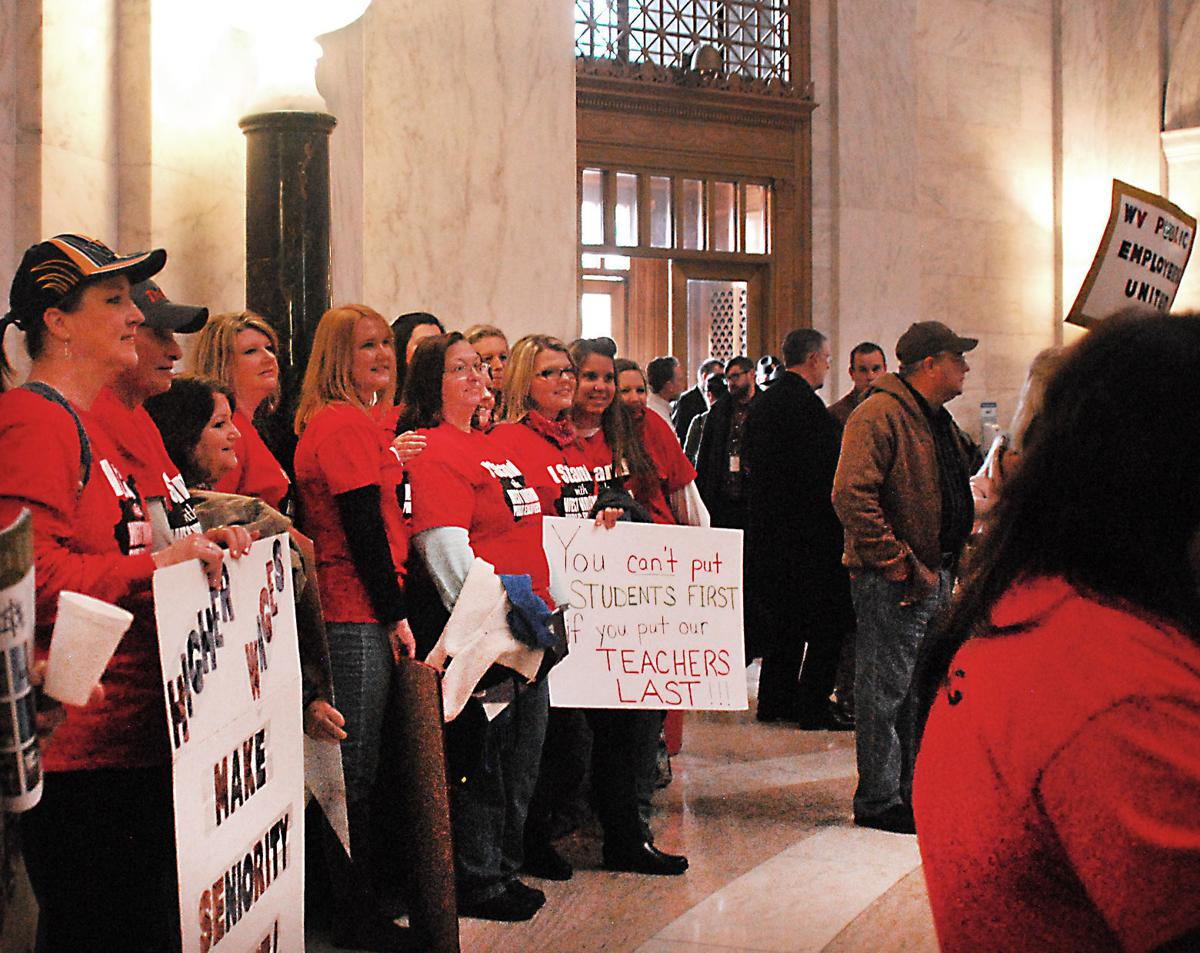 About 1,000 teachers rally at Capitol