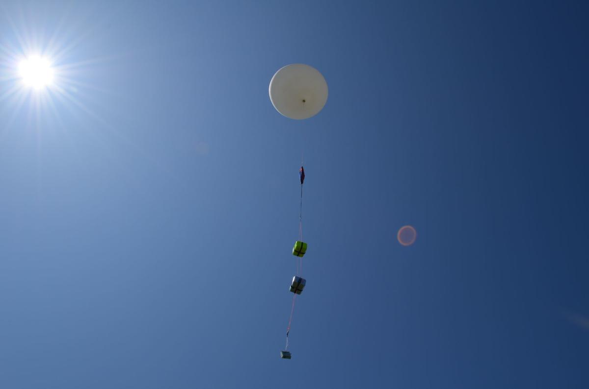 Fairmont State physics class launches weather balloon | News