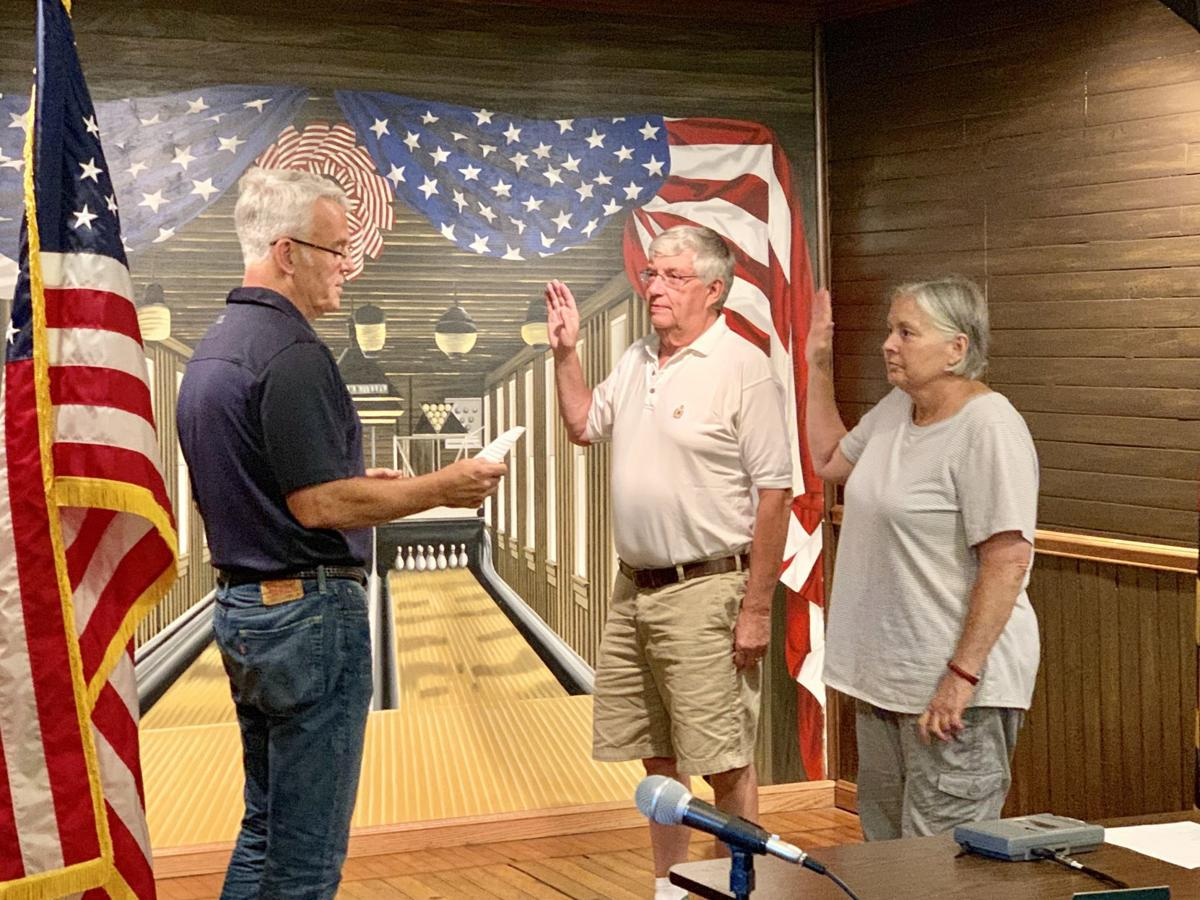 Jim Moore, Linda Fike oath of office