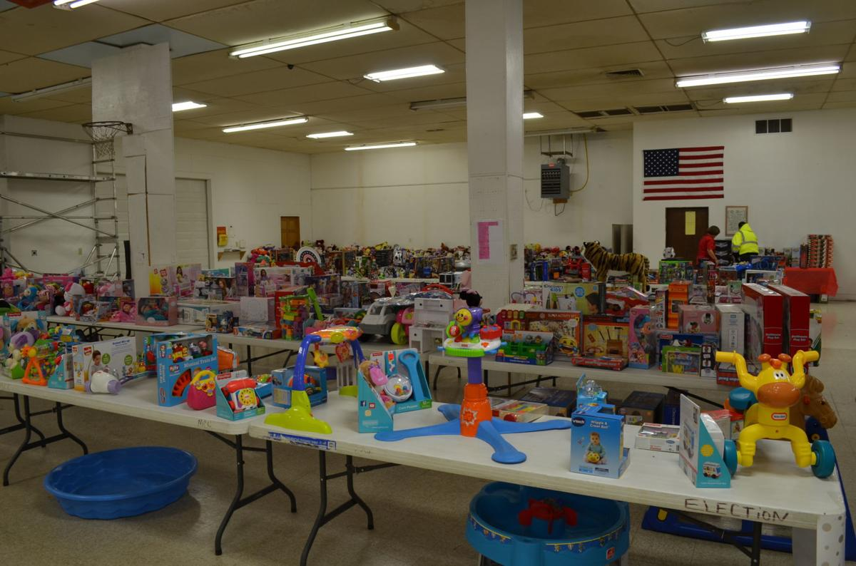 2018 Marion Co Wv Christmas Toy Shop Sees Biggest Attendance Ever