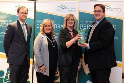 Corporate Responsibility Leader Award presentation