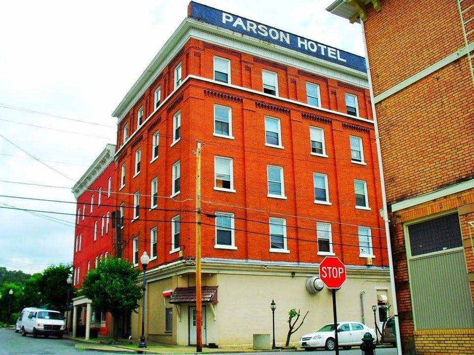 Parsons Hotel