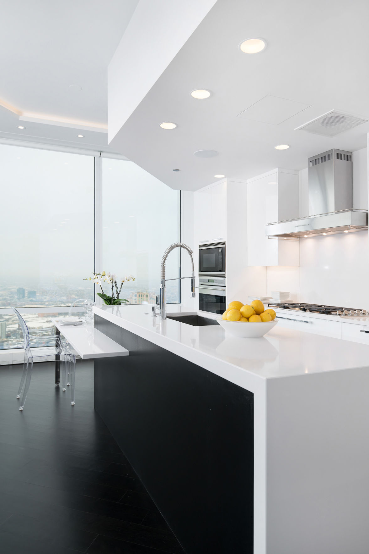Glossy Cabinets Shine In Today S