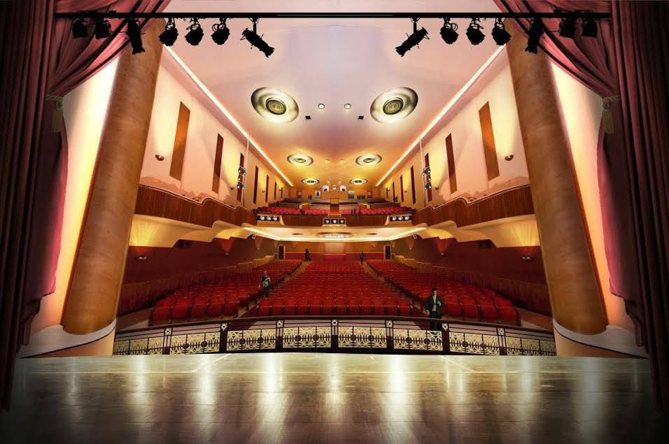 Robinson Grand stage view