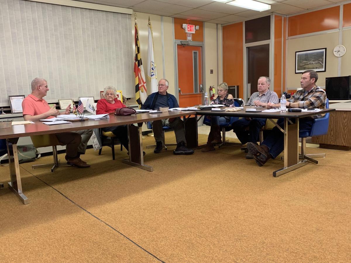Friendsville council discusses lease agreement