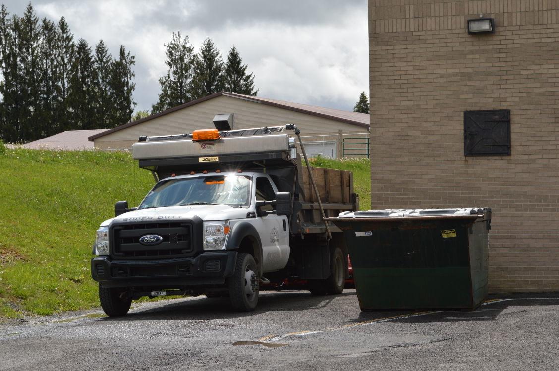 Kingwood adjusting business garbage bills