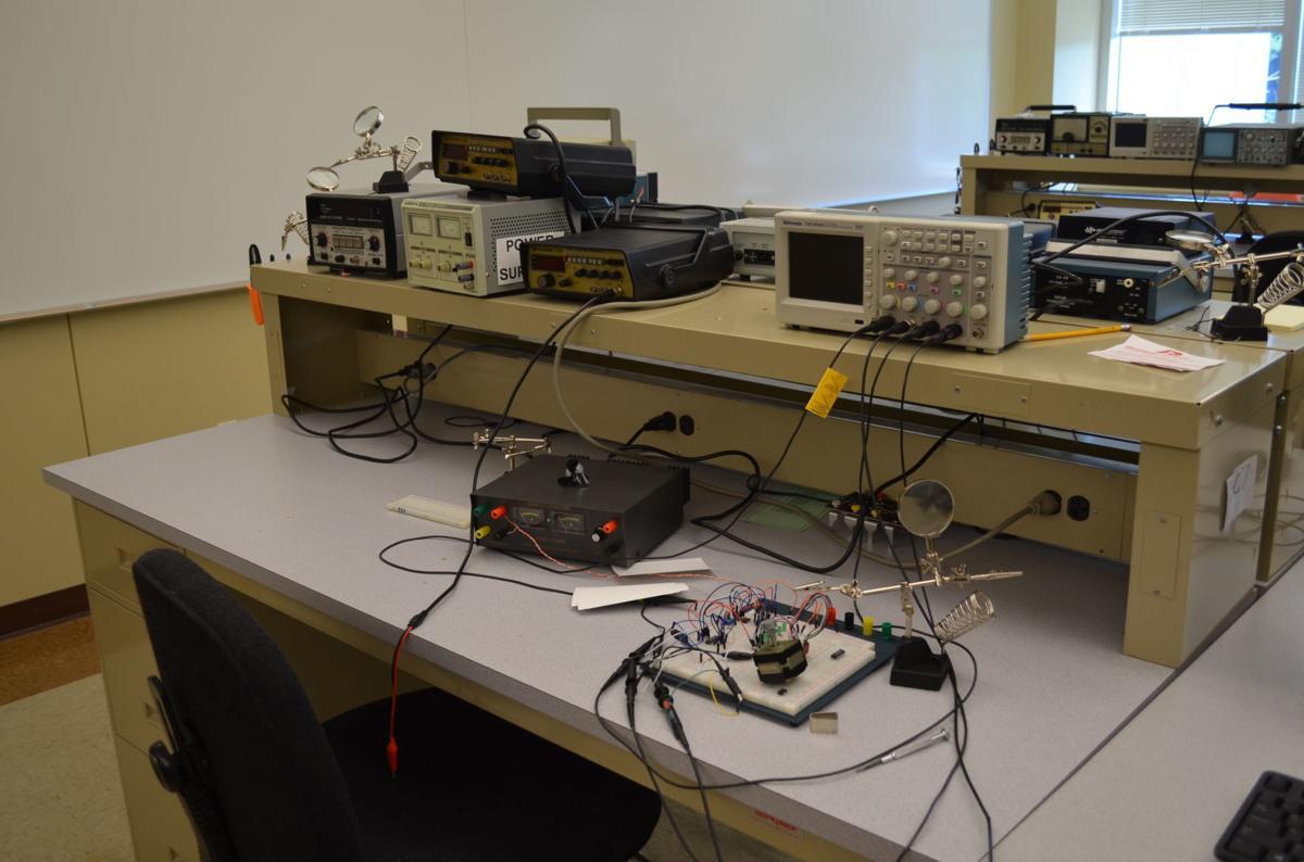 FSU engineering work station