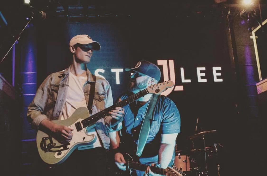 Justin Lee performance
