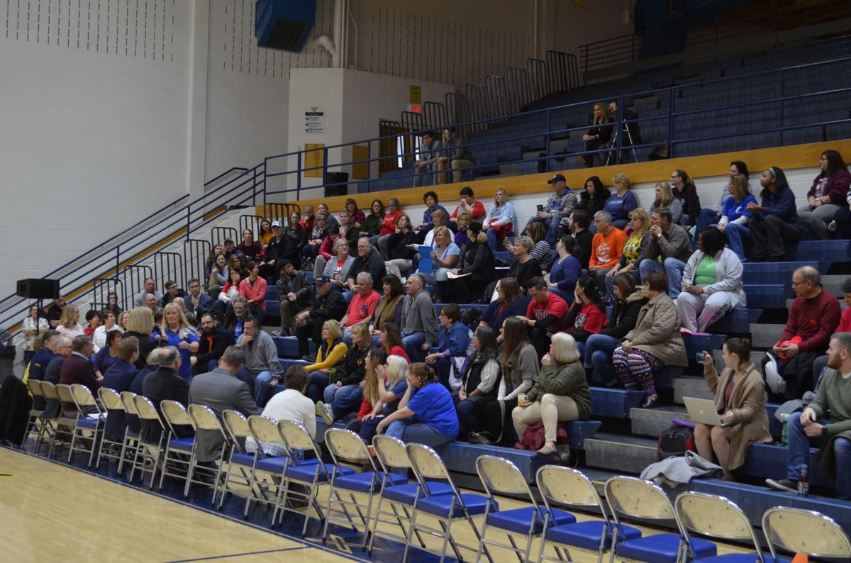 Open forum crowd