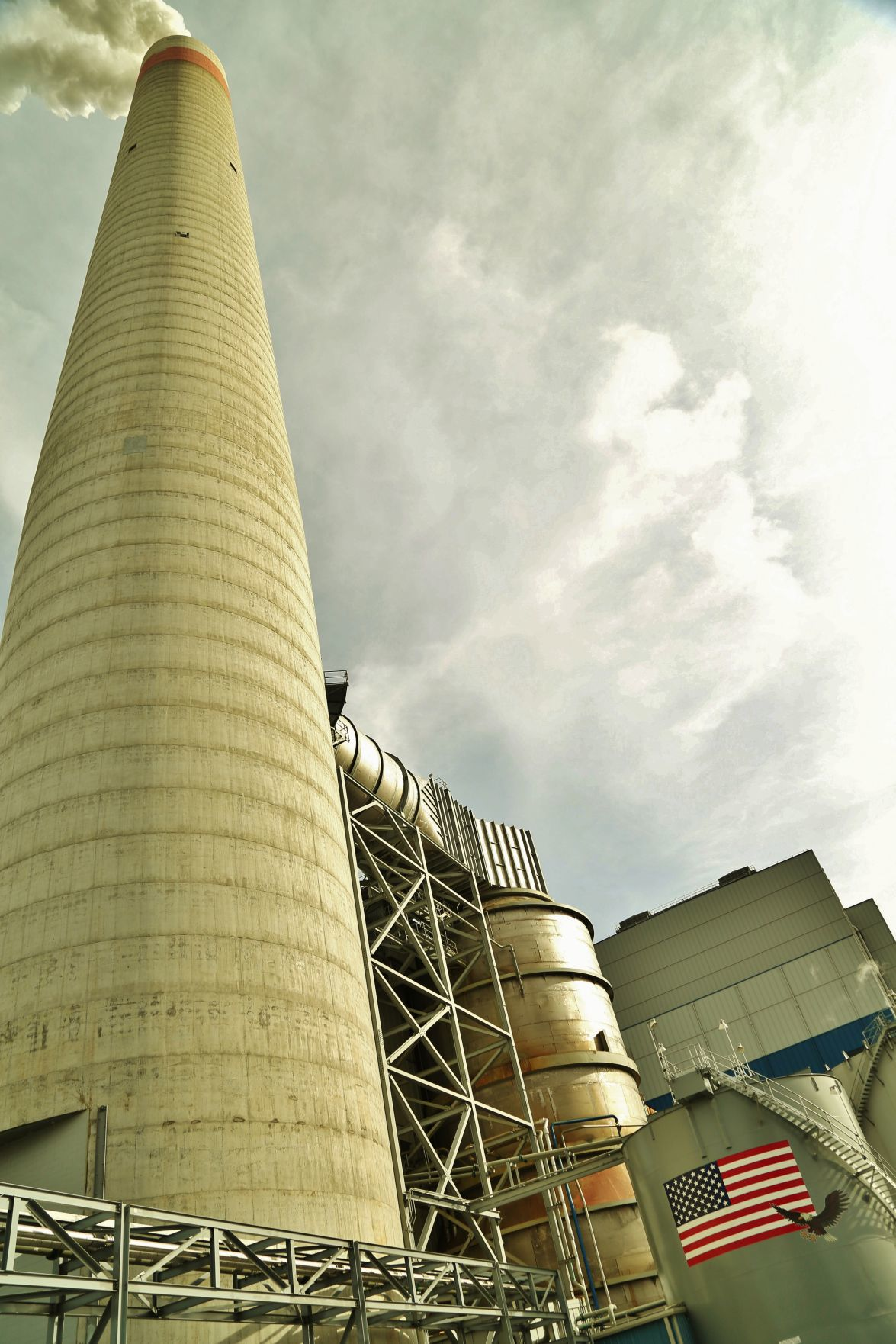 Longview Power stack