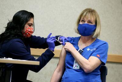 20201216-news-vaccinehospital-mc-2.JPG