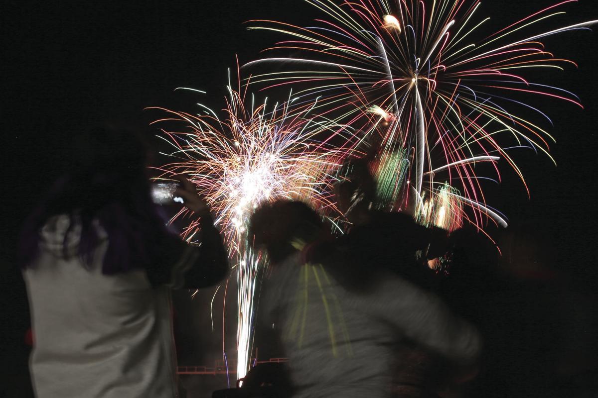 20190705-news-fireworks-mc-4.JPG