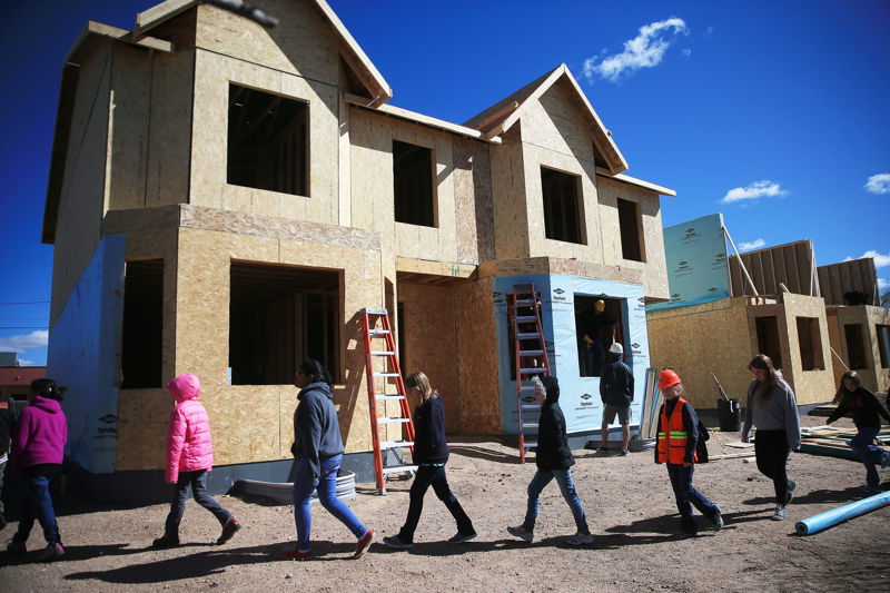 Carpenter students visit Habitat for Humanity site in Cheyenne | Wyoming News
