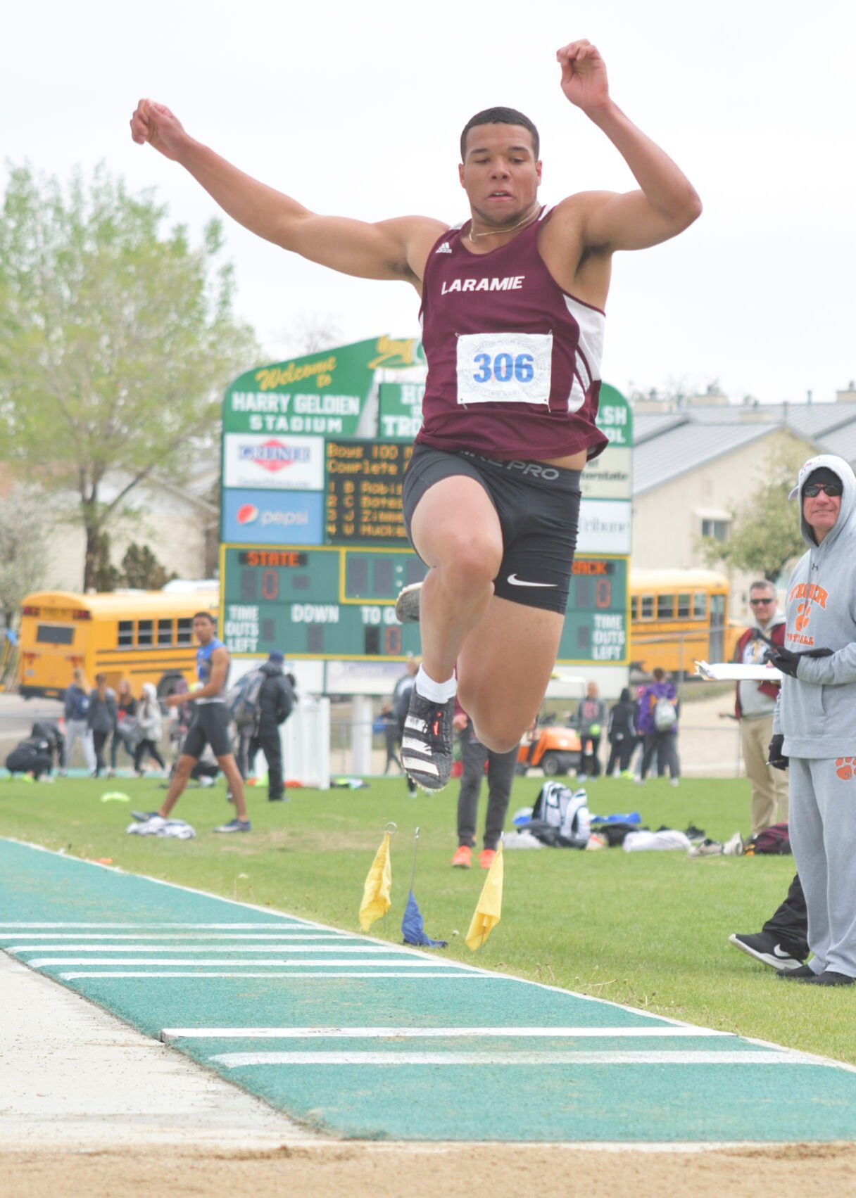 Plainsmen track and field-state-Morris