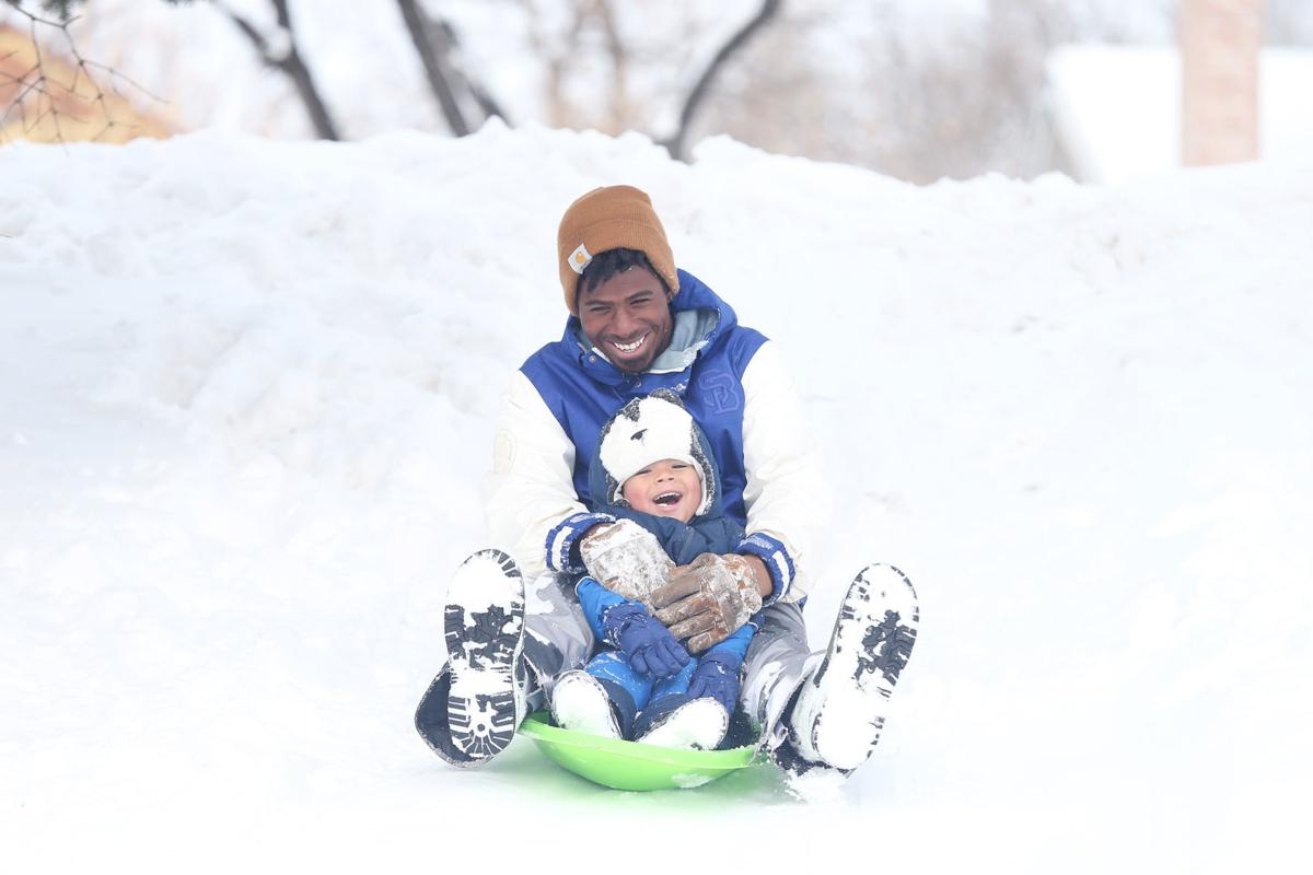 20191127-feat-sledding-mc-1.JPG