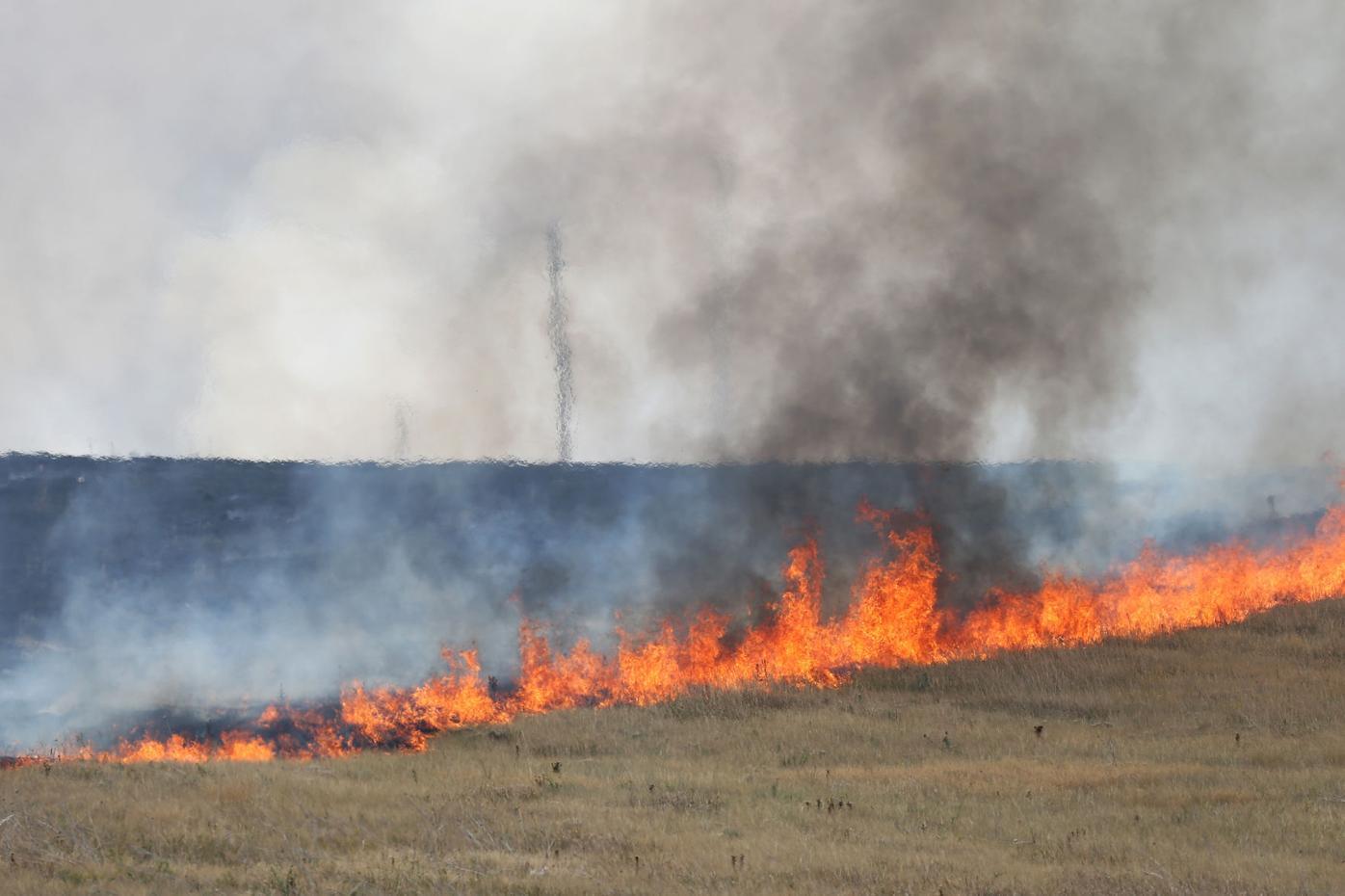 20200821-news-brushfire-mc-3.JPG