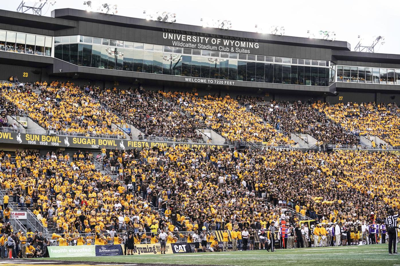 NCAA Football: Wyoming vs Missouri