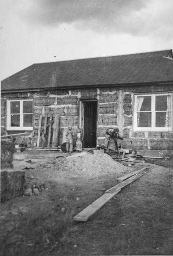 Douglas straw house 2