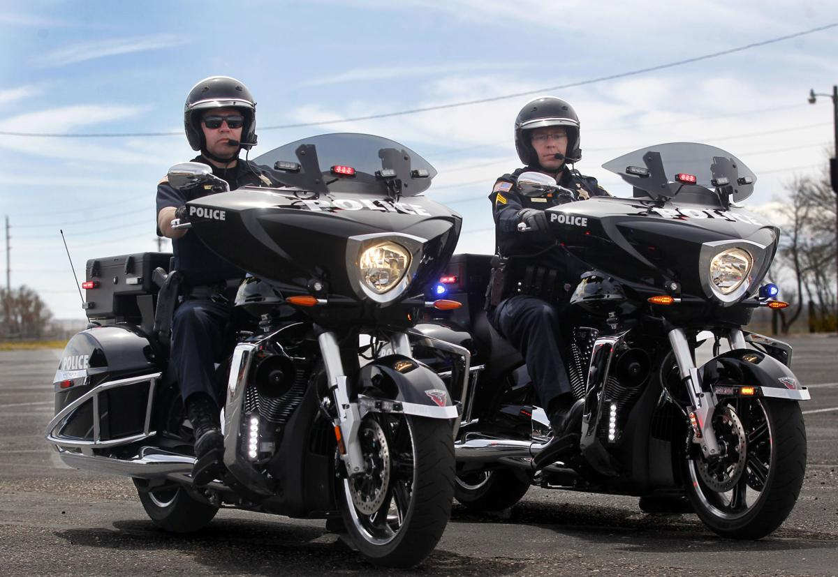 police motorcycles cheyenne motorcycle department officer wyoming motorbikes fleet wyomingnews gay pd pose