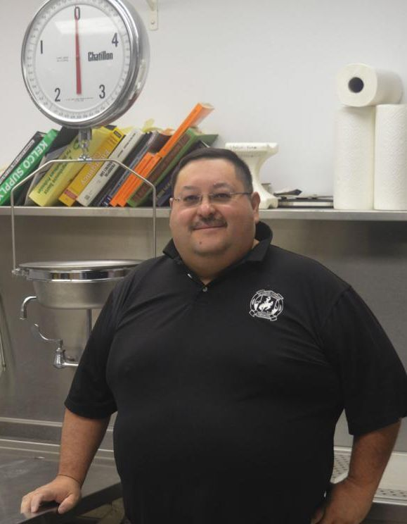 Paul Zamora (R)