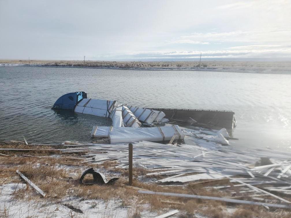 Semi accident in pond 2